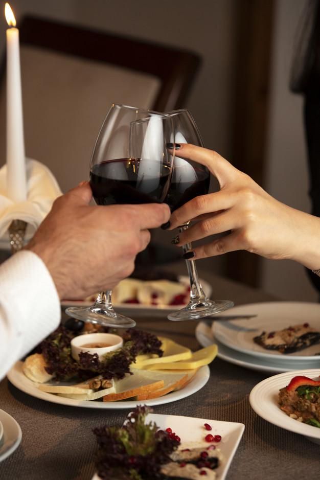 ¿Cómo combinar vino y comida? Guía definitiva para el maridaje perfecto - D.O. Arlanza